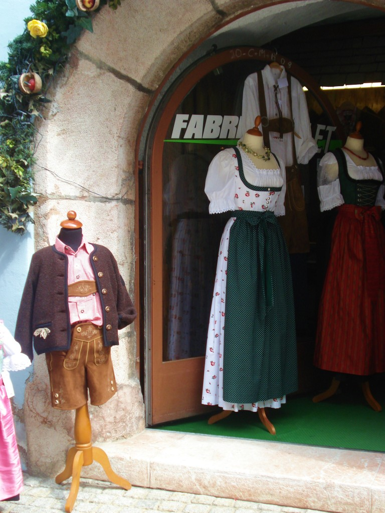 May in Austria - Rattenberg - Traditional Clothes