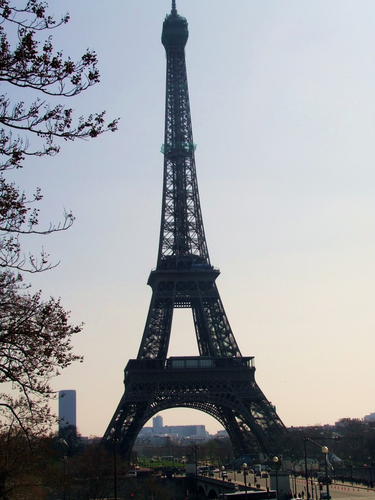Learn French in France - Paris - Eiffel Tower